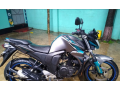 yamaha-fzs-fi-fuel-2018-small-0